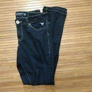 Very dark blue skinny jeans